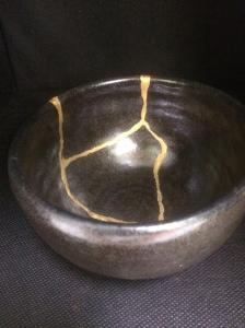 MATCHA BOWL $380+GST NAME: Kaminari Dinameter12.5cm Hight 8cm Traditional Kintsugi With pure gold Kintsugi Art by Jun Morooka