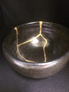 MATCHA BOWL $380+GST NAME: Kaminari Dinameter12.5cm Hight 8cm Traditional Kintsugi With pure gold Kintsugi Art by Jun Morooka